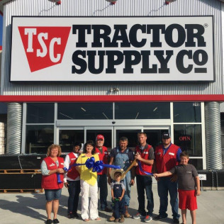 Tractor Supply Store Ribbon Cutting/Grand Opening on November 12, 2016