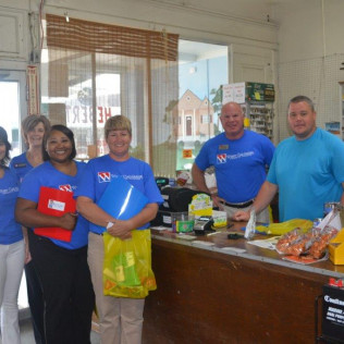 Chamber Business Walk in Vinton