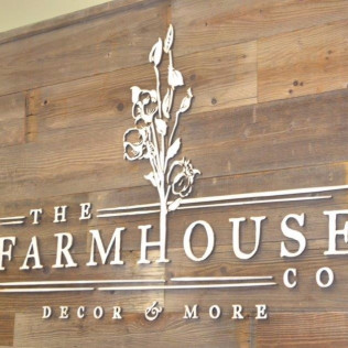 Ribbon Cutting Ceremony: The Farmhouse Co.